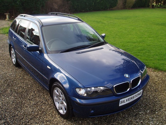 BMW 3 Series 2.0 318i SE 5dr Estate Petrol Blue