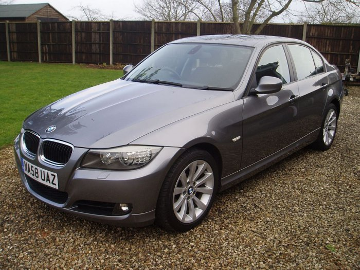 BMW 3 Series 2.0 320i SE 4dr Saloon Petrol Grey