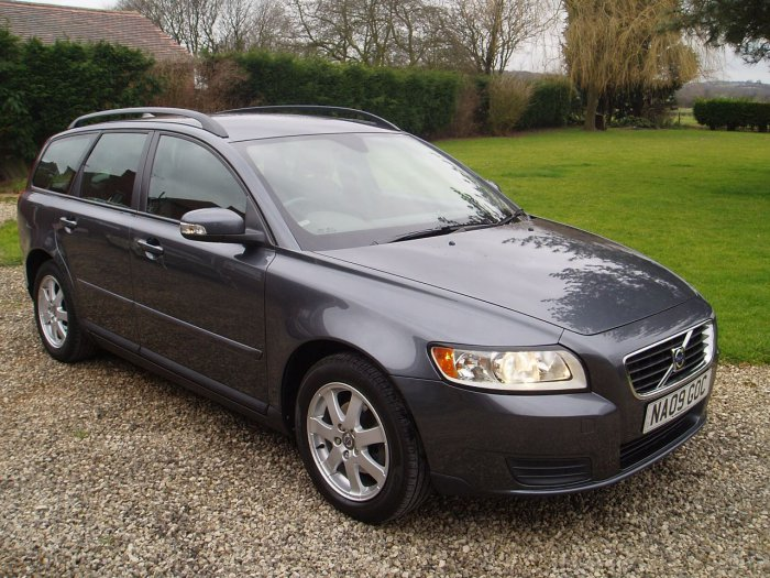 second hand volvo v50 1 6d s 5dr for sale in chesterfield. Black Bedroom Furniture Sets. Home Design Ideas