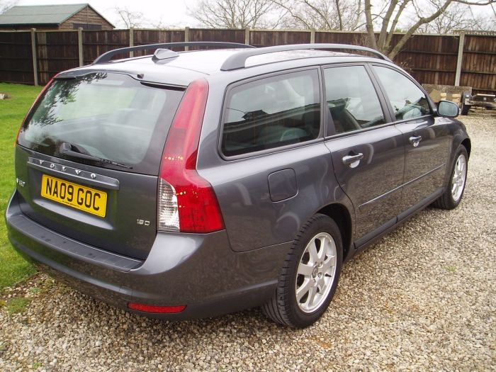 Volvo V50 1.6D S 5dr Estate Diesel Grey