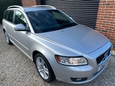 Volvo V50 1.6 DRIVe [115] SE Edition 5dr Estate Diesel SilverVolvo V50 1.6 DRIVe [115] SE Edition 5dr Estate Diesel Silver at Silverstone Car Sales Mansfield