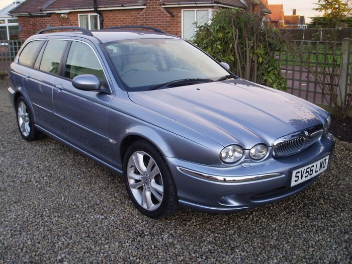 Jaguar X-Type 2.5 V6 SE 5dr Auto Estate Petrol Blue