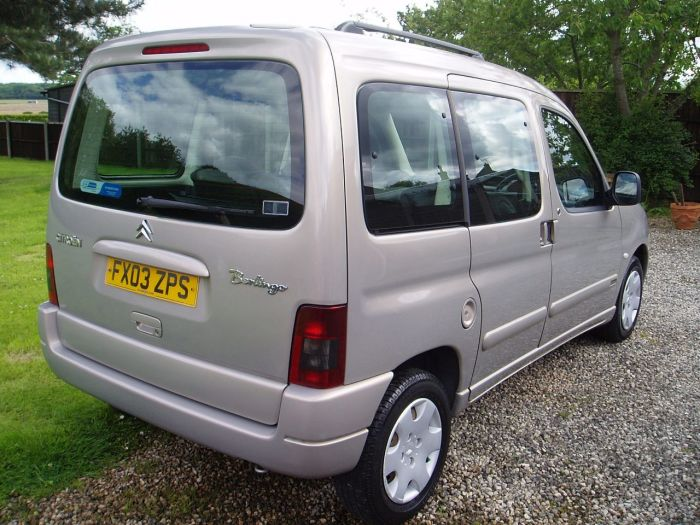 Citroen Berlingo Multispace 1.4i Forte 5dr Estate Petrol Beige