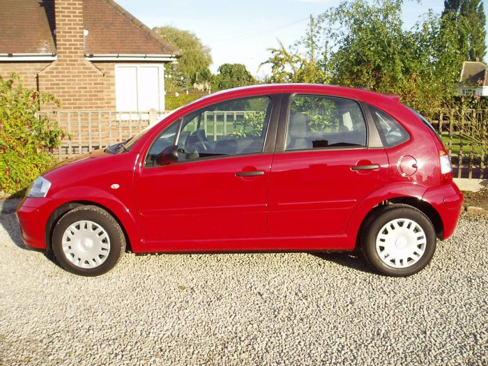 Citroen C3 1.4i Rhythm 5dr Hatchback Petrol Red