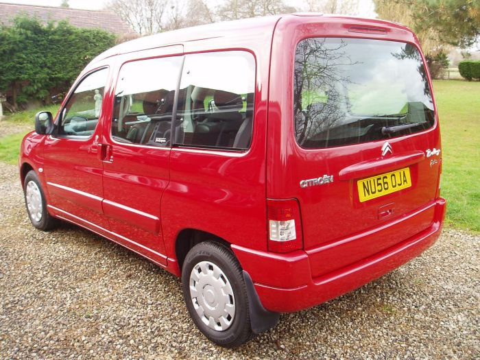 Citroen Berlingo Multispace 1.4i Forte 5dr Estate Petrol Red