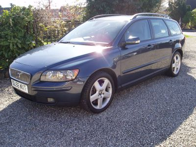 Volvo V50 2.4 D5 SE 5dr Geartronic Estate Diesel BlueVolvo V50 2.4 D5 SE 5dr Geartronic Estate Diesel Blue at Silverstone Car Sales Mansfield