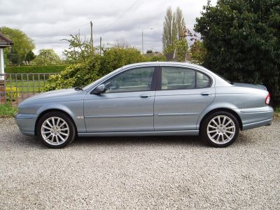 Jaguar X-Type 2.5 V6 Sport 4dr Saloon Petrol BlueJaguar X-Type 2.5 V6 Sport 4dr Saloon Petrol Blue at Silverstone Car Sales Mansfield