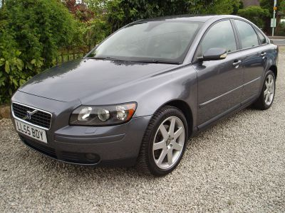 Volvo S40 2.4i SE 4dr Geartronic Saloon Petrol GreyVolvo S40 2.4i SE 4dr Geartronic Saloon Petrol Grey at Silverstone Car Sales Mansfield