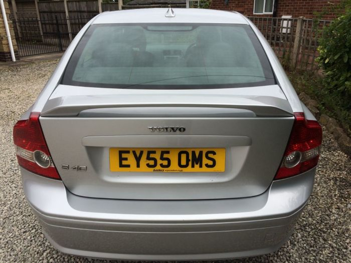 Volvo S40 1.8 SE Sport 4dr Saloon Petrol Silver