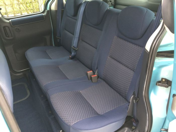 Citroen Berlingo Multispace 1.6i 16V Forte 5dr Estate Petrol Blue