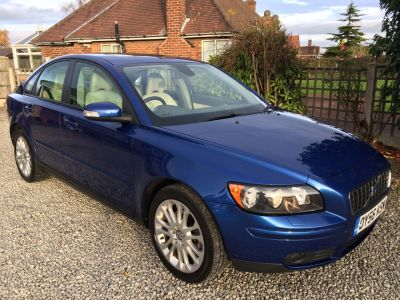 Volvo S40 2.4i SE 4dr Geartronic Saloon Petrol BlueVolvo S40 2.4i SE 4dr Geartronic Saloon Petrol Blue at Silverstone Car Sales Mansfield