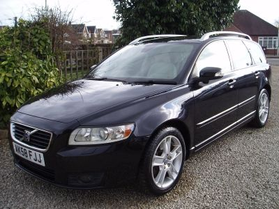 Volvo V50 2.4 D5 SE Lux 5dr Geartronic Estate Diesel BlackVolvo V50 2.4 D5 SE Lux 5dr Geartronic Estate Diesel Black at Silverstone Car Sales Chesterfield