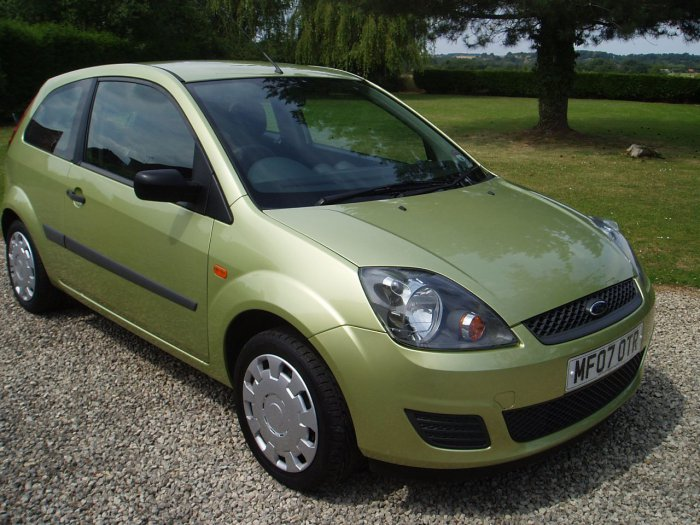 Ford Fiesta 1.25 Style 3dr Hatchback Petrol Green