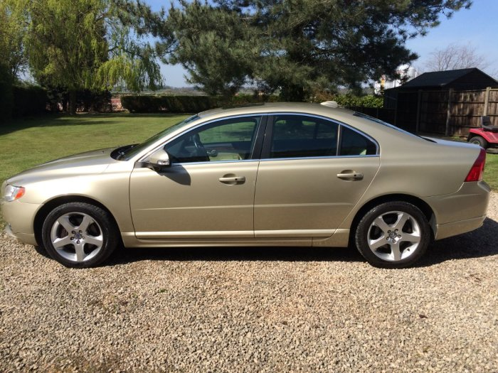 Volvo S80 3.2 SE Lux 4dr Geartronic Saloon Petrol Gold