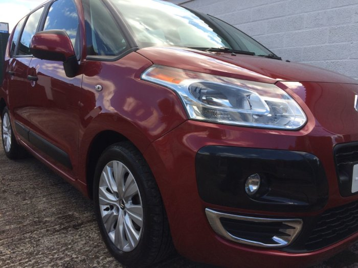Citroen C3 Picasso 1.6 HDi 16V VTR+ 5dr MPV Diesel Red
