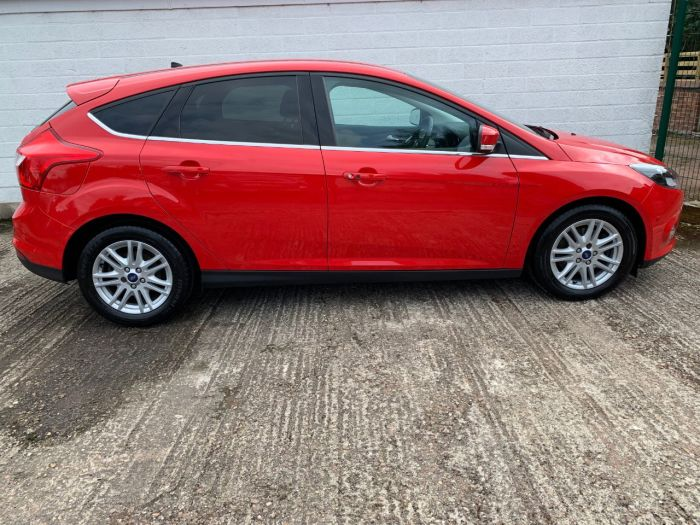 Ford Focus 2.0 TDCi Titanium 5dr Hatchback Diesel Red