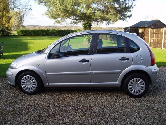 second hand citroen c3 1 4 hdi desire 5dr for sale in chesterfield derbyshire silverstone car. Black Bedroom Furniture Sets. Home Design Ideas