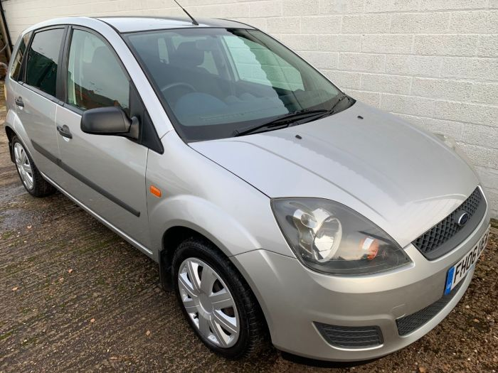 Ford Fiesta 1.4 Style 5dr [Climate] Hatchback Petrol Silver